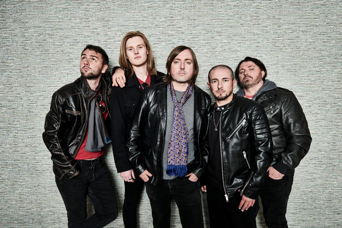 VIDEO NEWS: Scarlet Rebels Release Video For New Single 'Take You Home'